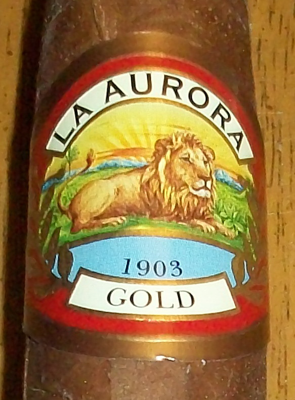 Cigar Review: La Aurora Gold Preferidos Tubo