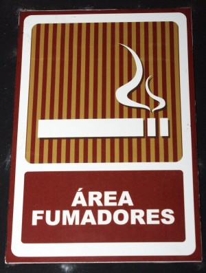 Area Fumadores (Even the Dominican Republic has smoking laws)