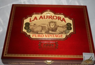 La Aurora Puro Vintage 2004 – Cigar Review