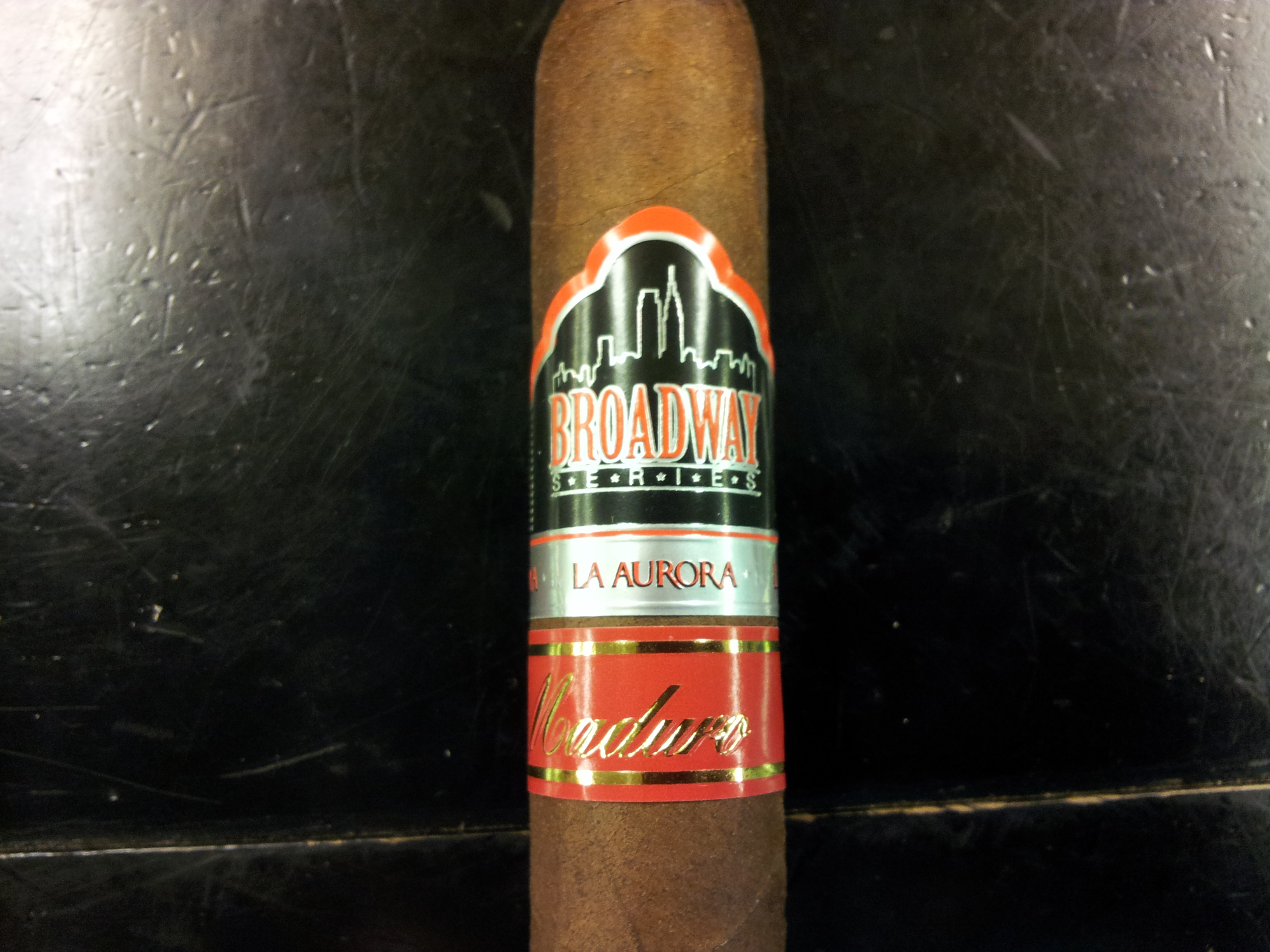 La Aurora Broadway Series Maduro – Cigar Review