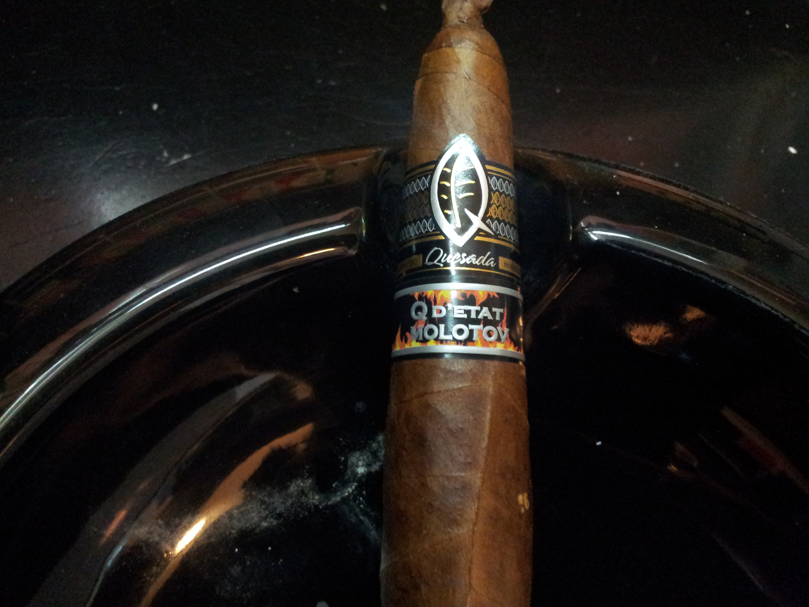 Quesada Q d'etat Molotov – Cigar Review