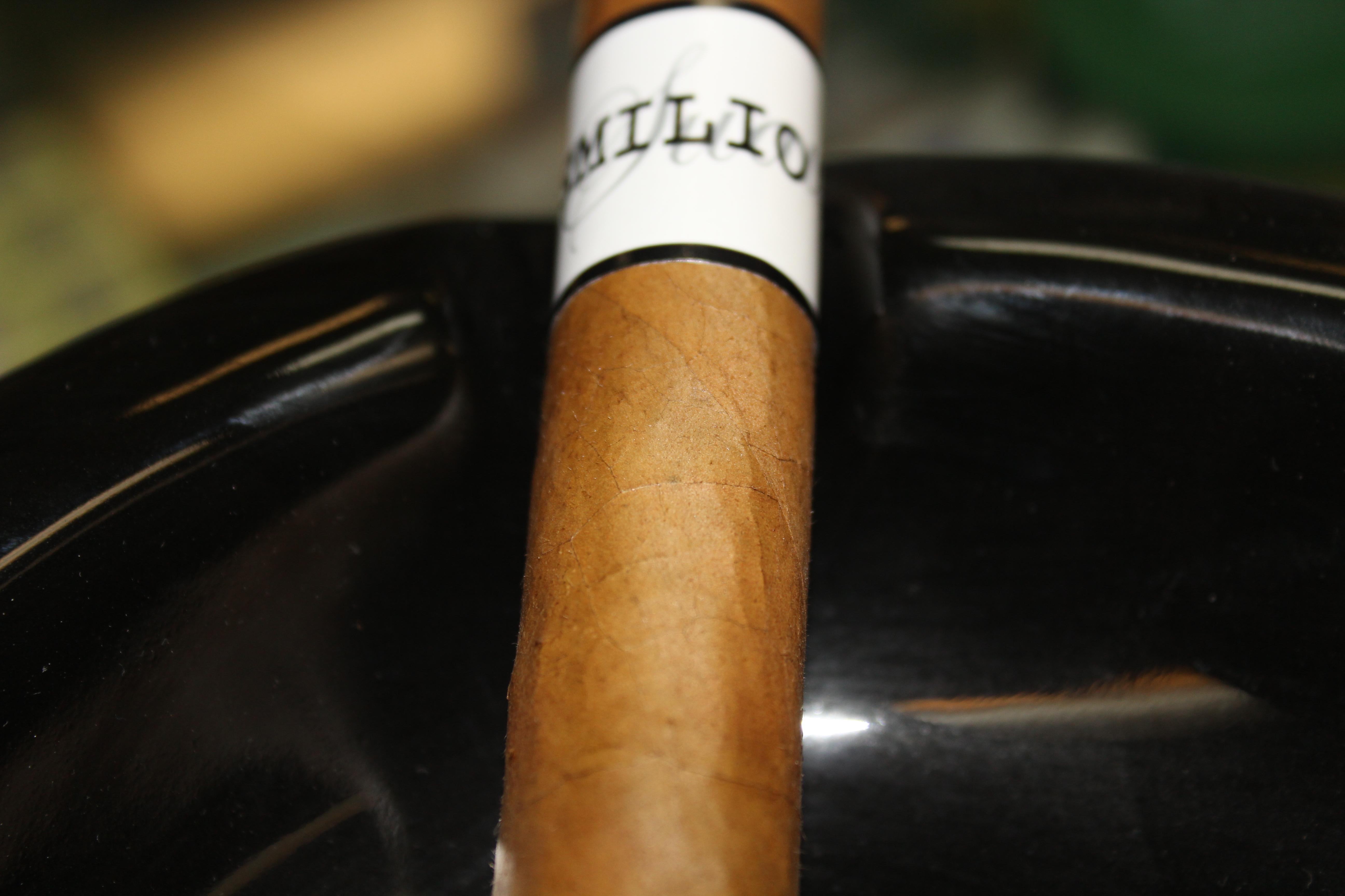 Emilio AF Suave Toro – Cigar Review