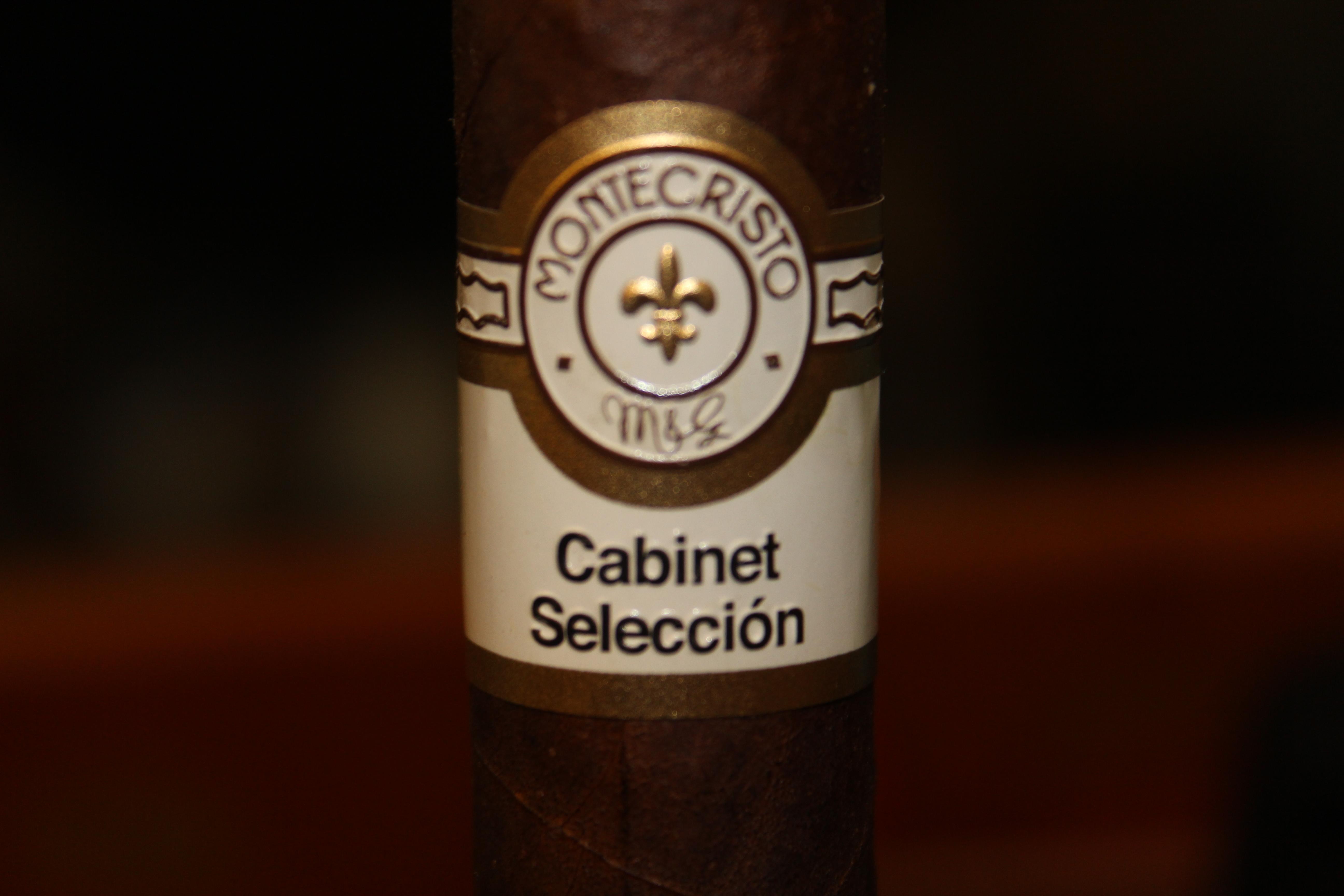 Montecristo Cabinet Selección Robusto – Cigar Review