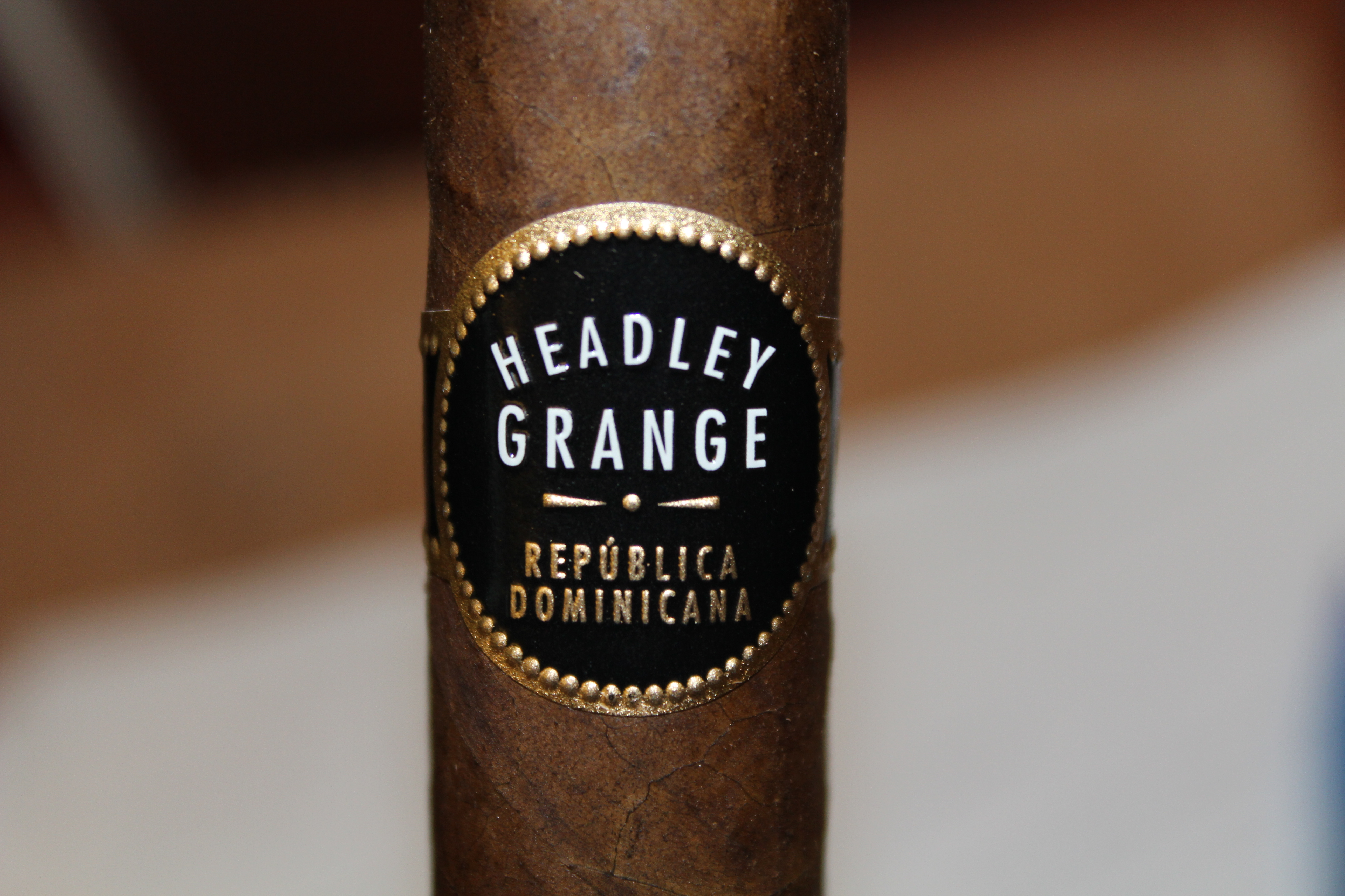 Headley Grange Estupendos – Cigar Review