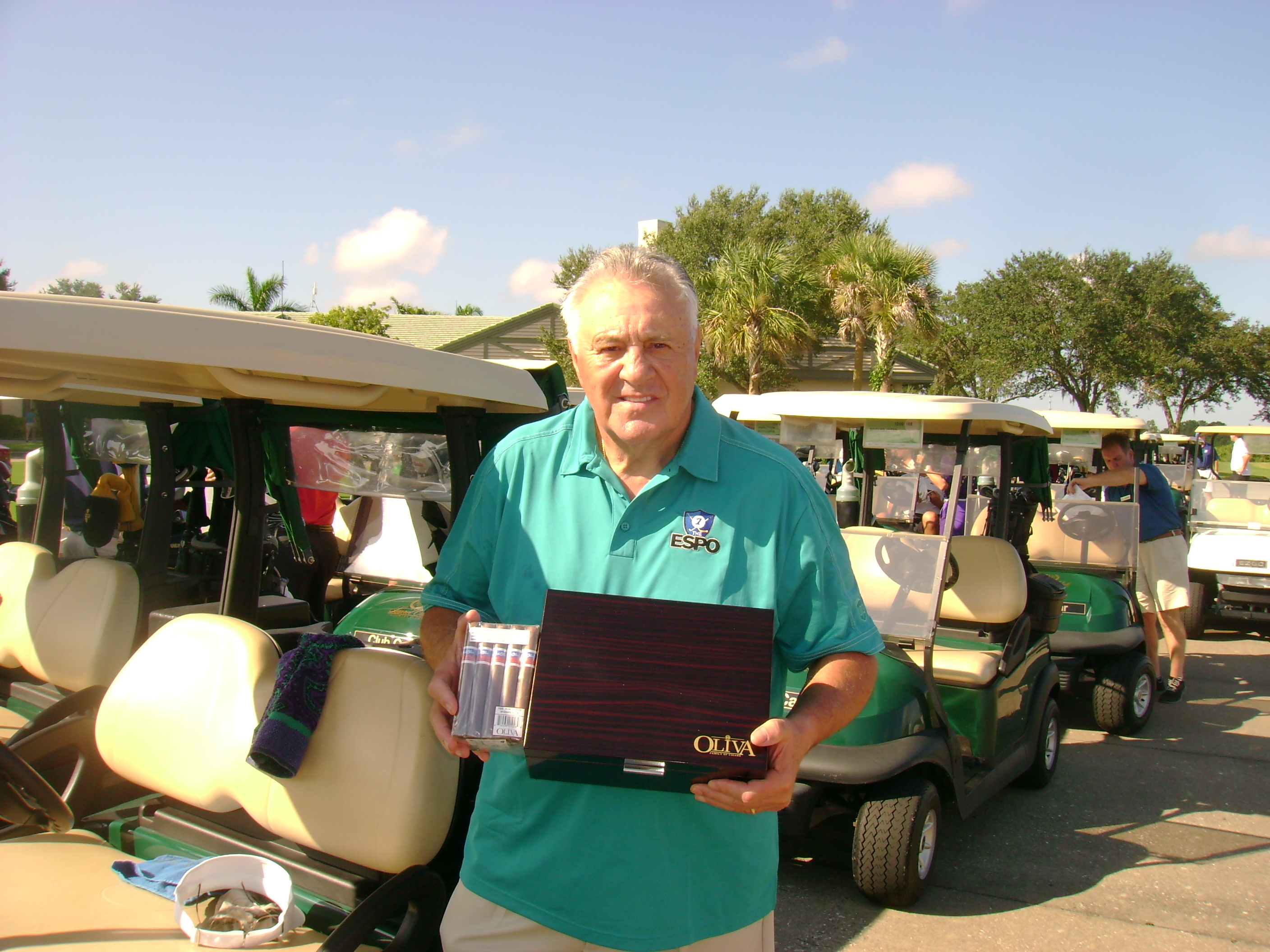OLIVA CONNECTICUT RESERVE EXCLUSIVE CIGAR SPONSOR FOR THE PHIL ESPOSITO GOLF TOURNAMENT